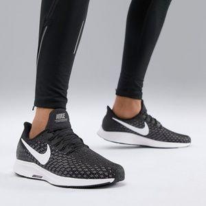 Nike Air Zoom Pegasus 35 Women's Running Shoes